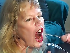Slut porn videos - mature moms fucking