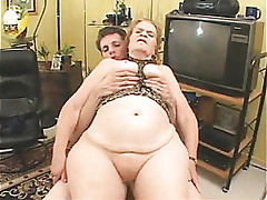 Granny xxx videos - milf titty fuck